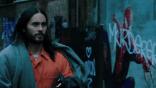 哥會帶你飛 !《魔比斯》後製片段曝光,傑瑞德雷托飾演的吸血鬼擁有類似猛毒的飛簷走壁能力