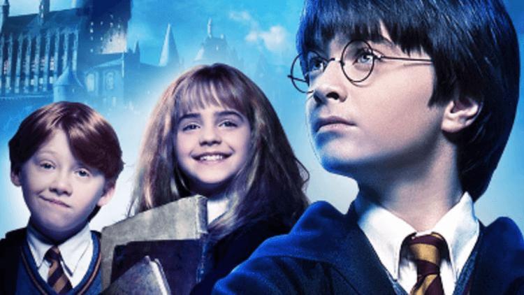 大重映時代!睽違近 20 年《哈利波特:神秘的魔法石》再登中國戲院上映,將全球累積票房推上 10 億美元大關首圖