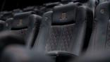 【影劇生活】躺超奢華床墊,吃私廚餐點……,盤點全台擁有超狂視聽設備的頂級電影院,觀影也要「帝王」享受!