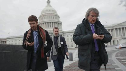 劇情式紀錄片《智能社會:進退兩難》目前可於 Netflix 觀賞。