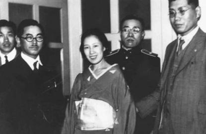 30 年代真實社會案件「阿部定事件」40 年後被改編為電影《感官世界》。
