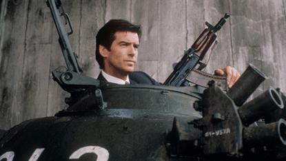 《007: 黃金眼》劇照。