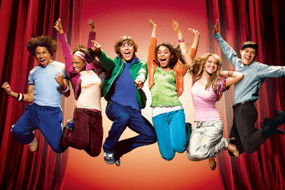 好萊塢演員柴克艾弗隆以迪士尼經典影劇《歌舞青春》打開知名度。