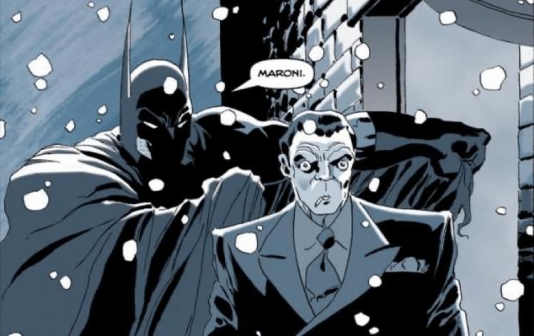 麥特李維斯編導,羅伯派汀森主演的《蝙蝠俠》電影,很可能改編自漫畫《漫長萬聖節》篇章,圖為黑幫馬洛尼。