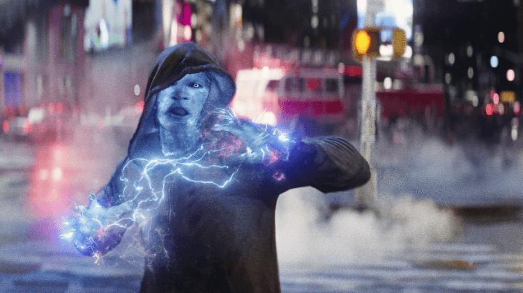 在首集電影獲得好評後,續集《蜘蛛人驚奇再起 2:電光之戰》有更多預算,也能打造仿真的紐約時代廣場街景拍戲。