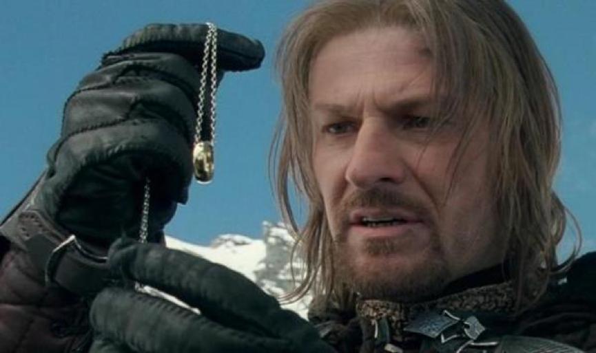 西恩賓 在《 魔戒 》裡飾演遠征隊中少數的人類成員 波羅莫 ,但便當發的又急又快,讓觀眾看的措手不及。