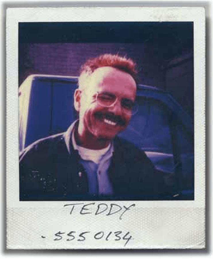 Teddy 的電話號碼:5550134。