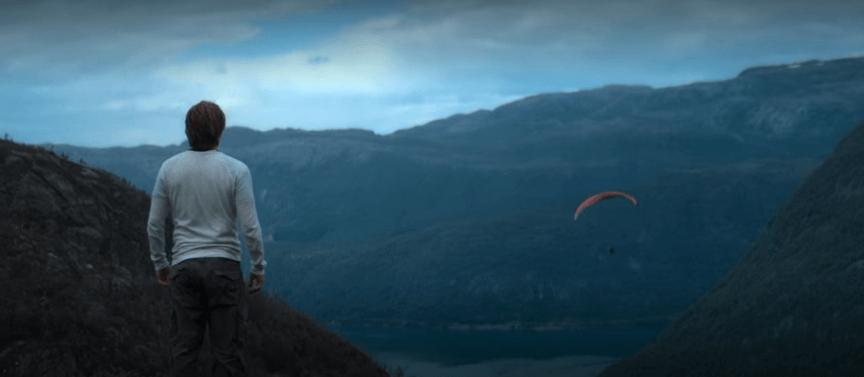 Netflix 影集《諸神黃昏》劇照。