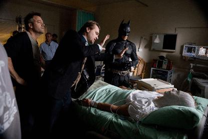 克里斯多福諾蘭導演《黑暗騎士》,所需調度的範圍極大。