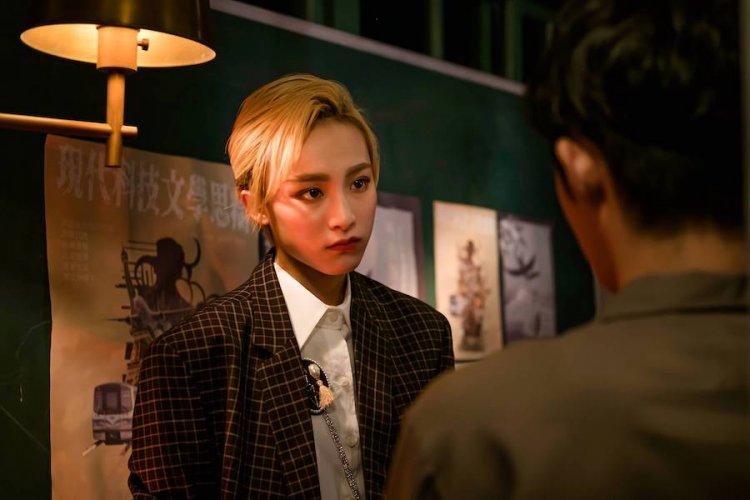 蕭子墨、陳加恩完美還原港片《花樣年華》造型。