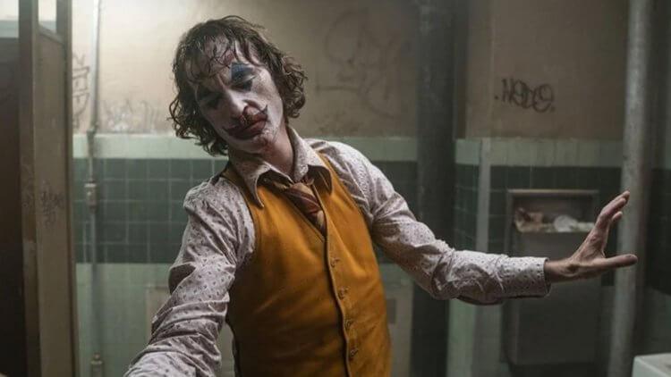 《小丑》續集傳聞下落如何?據外媒消息:華納確實仍在進行續集的發展計畫首圖