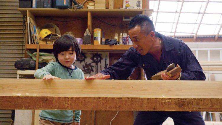 長渕剛飾演做工的人!攜手廣末涼子、瑛太於《太陽之家》展現鐵漢柔情的「父親」之愛首圖