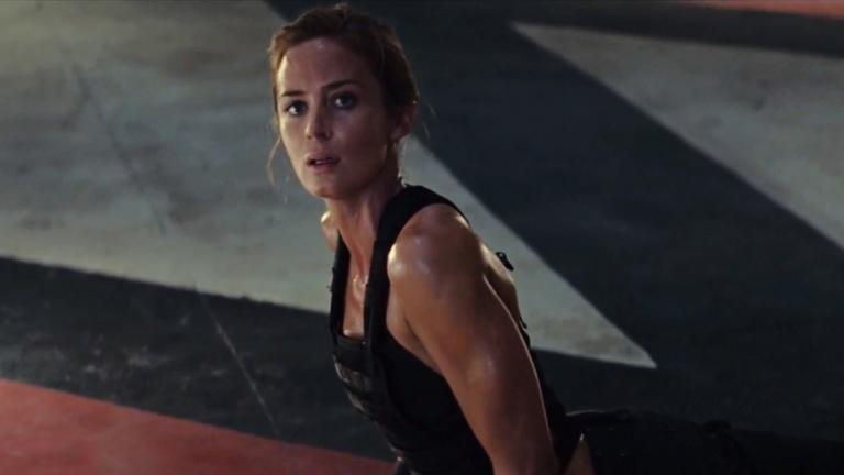 艾蜜莉布朗在《明日邊界》中飾演性感剽悍的戰場女武神。