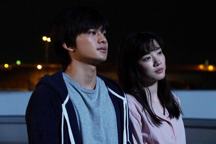 日本電影《妳在月夜裡閃耀光輝》。