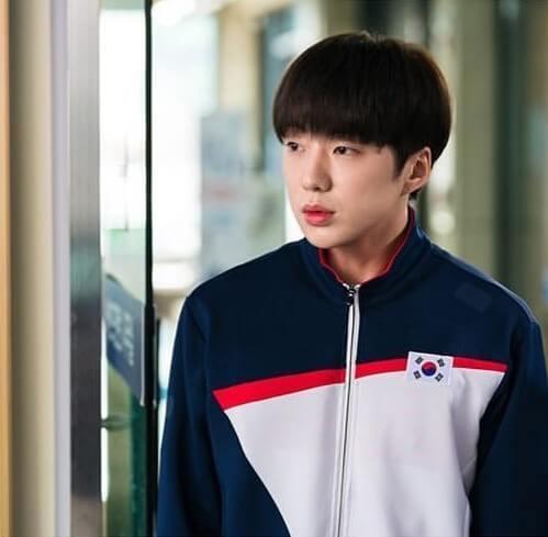 姜昇潤出演《羽球少年團》劇照