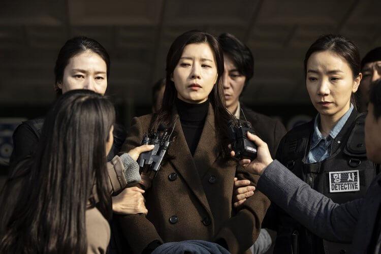 改編自真實社會案件的韓國電影《孩子的自白》中,裕善飾演凶殘繼母令人髮指。