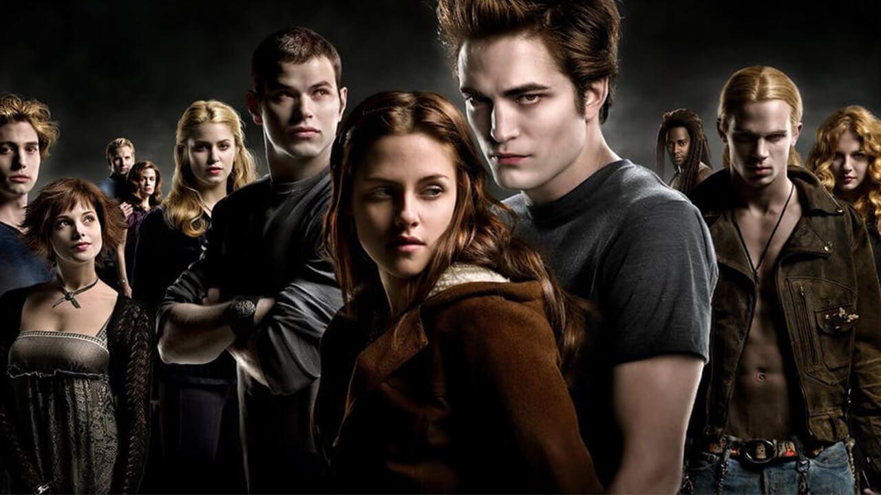 我們不再想和吸血鬼談戀愛?紅極一時的《暮光之城》如何走向毀滅之路──首圖