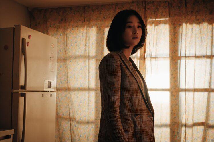 徐睿知主演懸疑驚悚電影《迴憶》。