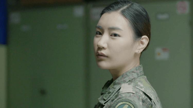 「請問彈藥官有男朋友嗎?」韓國電影《愛慾每一天》補習班、美容院、軍營繾綣纏綿,女性視角出發的質感之作首圖