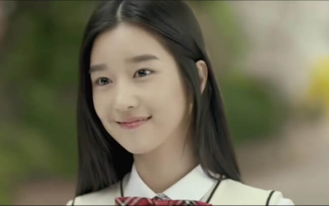 以演出微電影廣告《我和 S4 的故事》屢獲演出機會的徐睿知。
