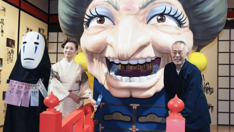 【人物特寫】鈴木敏夫的書法之道:這位吉卜力工作室的「湯婆婆」,如何讓宮崎父子激盪創作?首圖