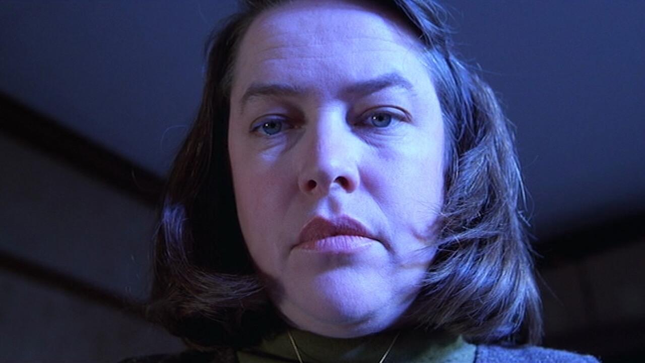 戰慄遊戲 劇照 凱西貝茲 飾演 安妮維克斯