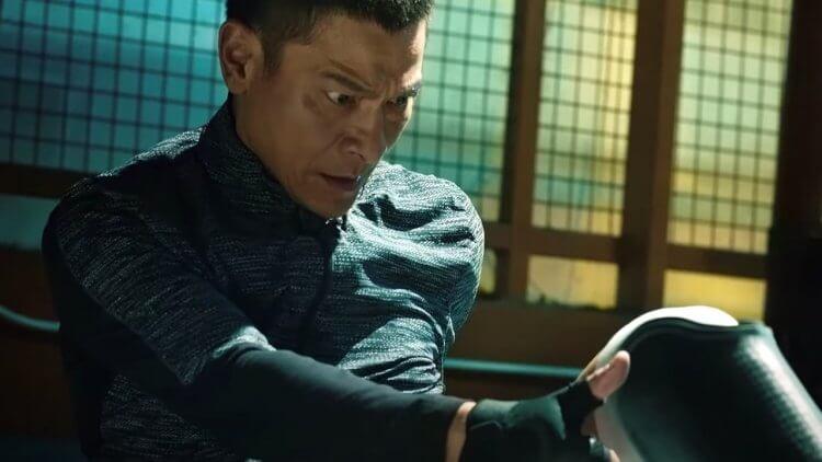 《拆彈專家2》劉德華。