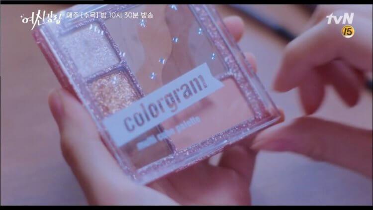 文佳煐在《女神降臨》使用Colorgram -TOK Multi Cube Palette畫眼妝
