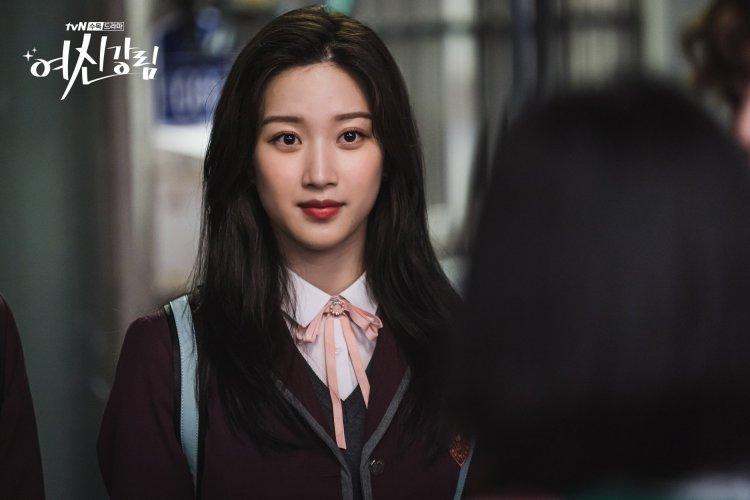 文佳煐飾演《女神降臨》女主角任朱靜