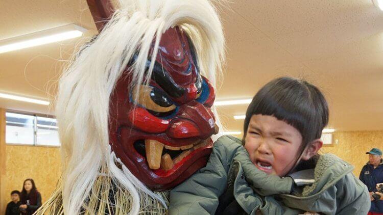 日本東北的生剝鬼習俗。