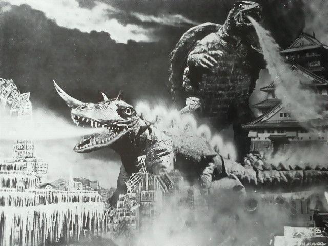 昭和卡美拉《大怪獸決鬥 卡美拉對巴魯剛》電影海報。