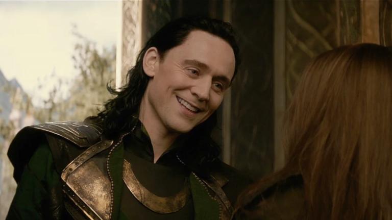 湯姆希德斯頓 (Tom Hiddleston) 。