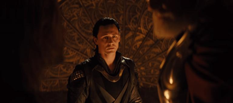 湯姆希德斯頓 (Tom Hiddleston) 飾演的洛基。
