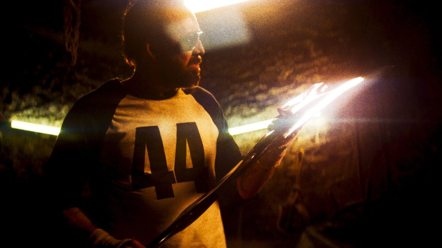 《 曼蒂 》劇照:尼可拉斯凱吉-準備對邪教組織展開復仇