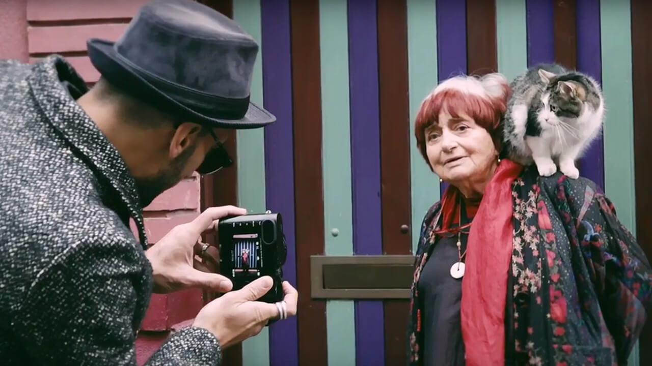 安妮華達 JR 攜手合作的《 最酷的旅伴 》雖為紀錄片,卻融合創造以及略帶劇情來陳述故事。