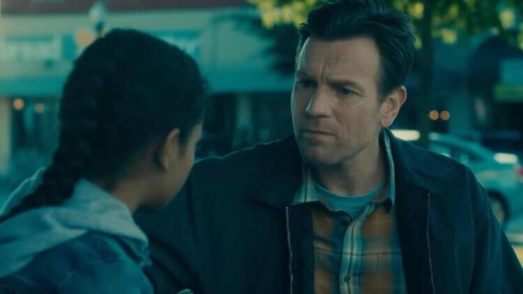 麥可弗拉納根執導的《安眠醫生》中,由伊旺麥奎格飾演長大後的丹尼。