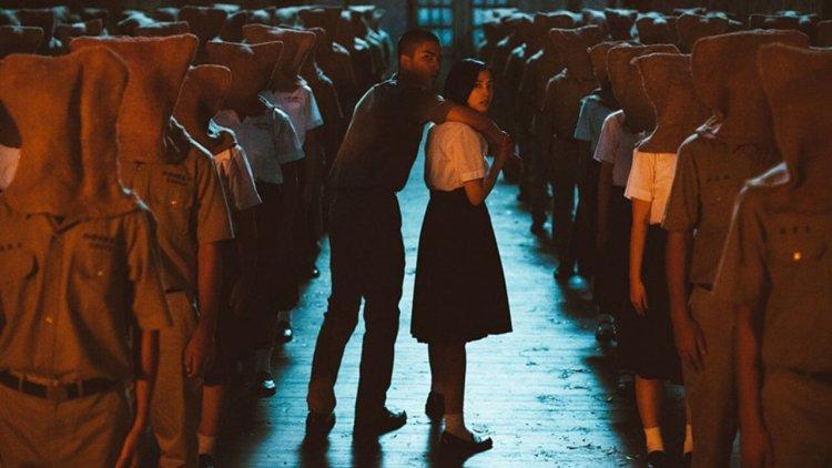 徐漢強執導,王淨、傅孟柏及曾敬驊主演的台片《返校》改編自同名遊戲,以白色恐怖時期的台灣社會為背景發展的恐怖故事。