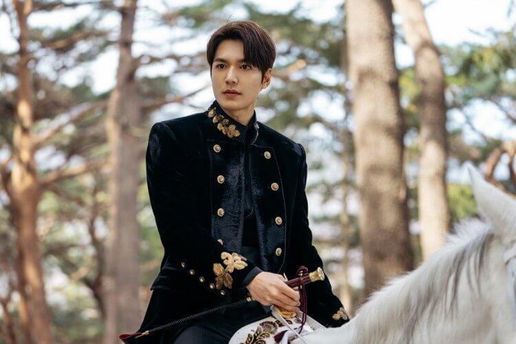 李敏鎬《The King:永遠的君主》劇照