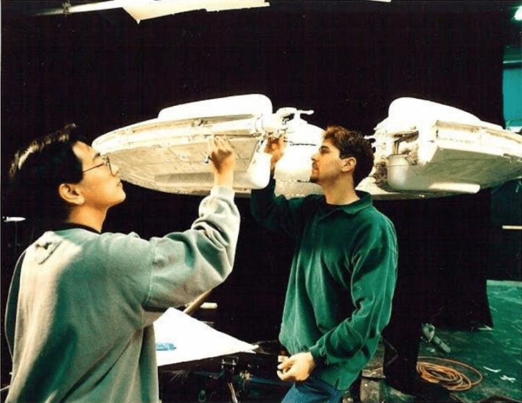 格蘭今原參與《星際大戰首部曲:威脅潛伏》模型設計。