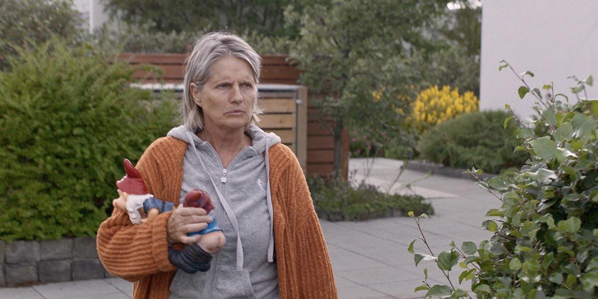 冰島電影 《 樹下驚魂 》 劇照