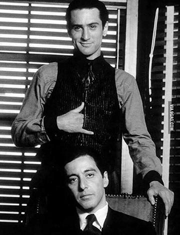 《 終極警探6 》就像《 教父2 》那樣:勞勃狄尼洛 艾爾帕西諾 分別飾演之前 / 之後的同位角色。