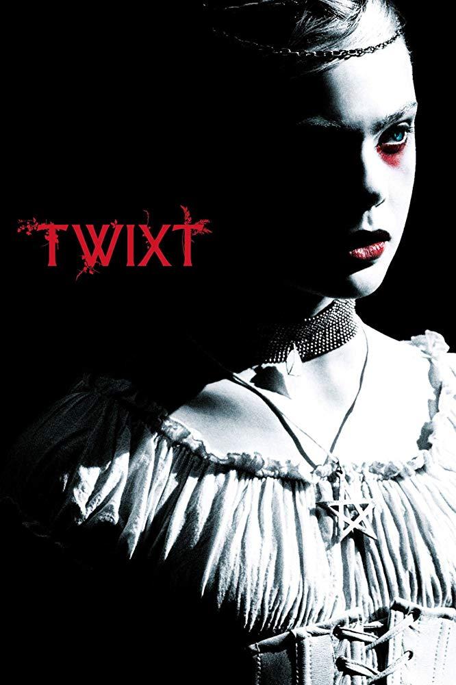 2011年《此刻與日出之間》(Twixt) 由艾兒芬妮主演