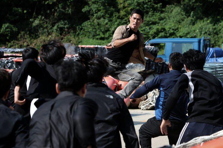 韓國電影《殘酷街頭:暴力實錄》劇照。
