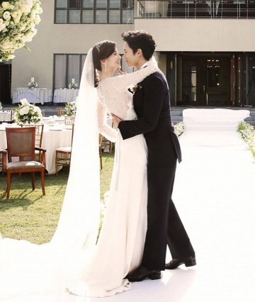 池晟與李寶英細水長流的愛情長跑了 14 年。