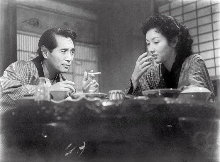 日本電影《浮雲》。