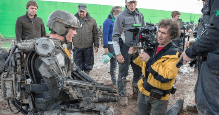 湯姆克魯斯與《明日邊界》導演道格李曼。