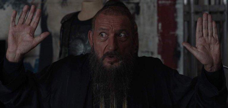 由英國傳奇演員班金斯利爵士在《鋼鐵人 3》中飾演的「滿大人」其實是該片真正反派的替身。