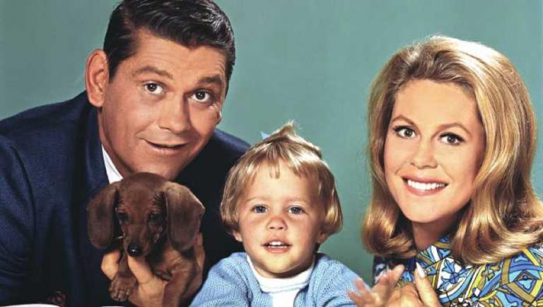 轟動一時的 60 年代美劇《神仙家庭》。