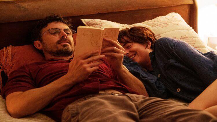 無私的友情,最強的力量:真實故事改編電影《友你真好》凱西艾佛列克、達珂塔強森、傑森席格同台飆戲,呈現直逼親情的感淚情誼首圖