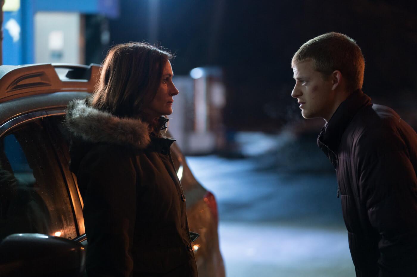茱莉亞羅勃茲在《班恩回家》中所飾演的母親角色,是支持班恩一路洗去惡習的重要存在。